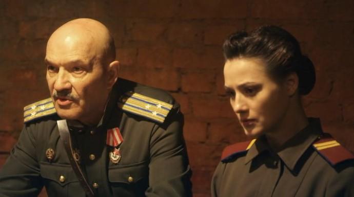 Smert shpionam Lisya nora (2012) 02